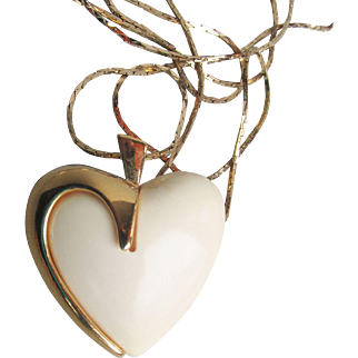Vintage Puffy Ivory Lucite Heart Gold Tone Pendant Long Necklace