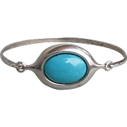 Vintage Clasp Top Sterling Silver Turquoise Bangle Bracelet