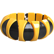 1960's MOD Vintage Black & Yellow Lucite Abstract Stretch Bracelet