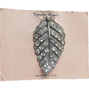 Retro 1940's Old Store Stock Rhinestone LEAF Dress Clip Vintage Deco Pin, NEW On Card