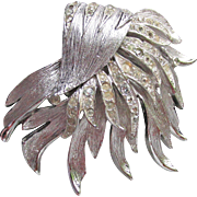 Signed VENDOME 1960's Vintage Silver Tone Rhinestone Modernist SeaWeed Pin