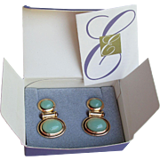 """NEW In Box, 1995 Vintage Elizabeth Taylor for Avon """"Taylored Style"""" Earrings"""