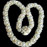 1950's Mid-Century Vintage Modernist Lucite Soap Bubble & Faux Ivory Space Age Bead Necklace