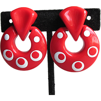 1960's MOD Red & White Lucite Flat Hoop Clip Earrings