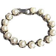 BIG Faux Pearl 1950's Vintage Bracelet with Unusual High-Profile Gothic Pewter Prongs