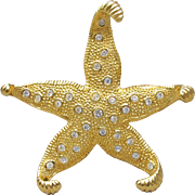Signed CAROLEE Vintage Big Rhinestone Star Fish Pin