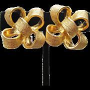 Signed KJL Kenneth Jay Lane 3-D Ribbon BOW Vintage Clip Gold Tone Earrings