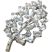 1960's Vintage Signed WEISS Sparkling Crystal Rhinestone LEAF Pin