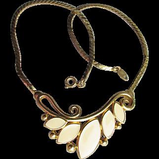Signed TRIFARI Modern Ivory Enamel Vintage Mod FLOWER Necklace