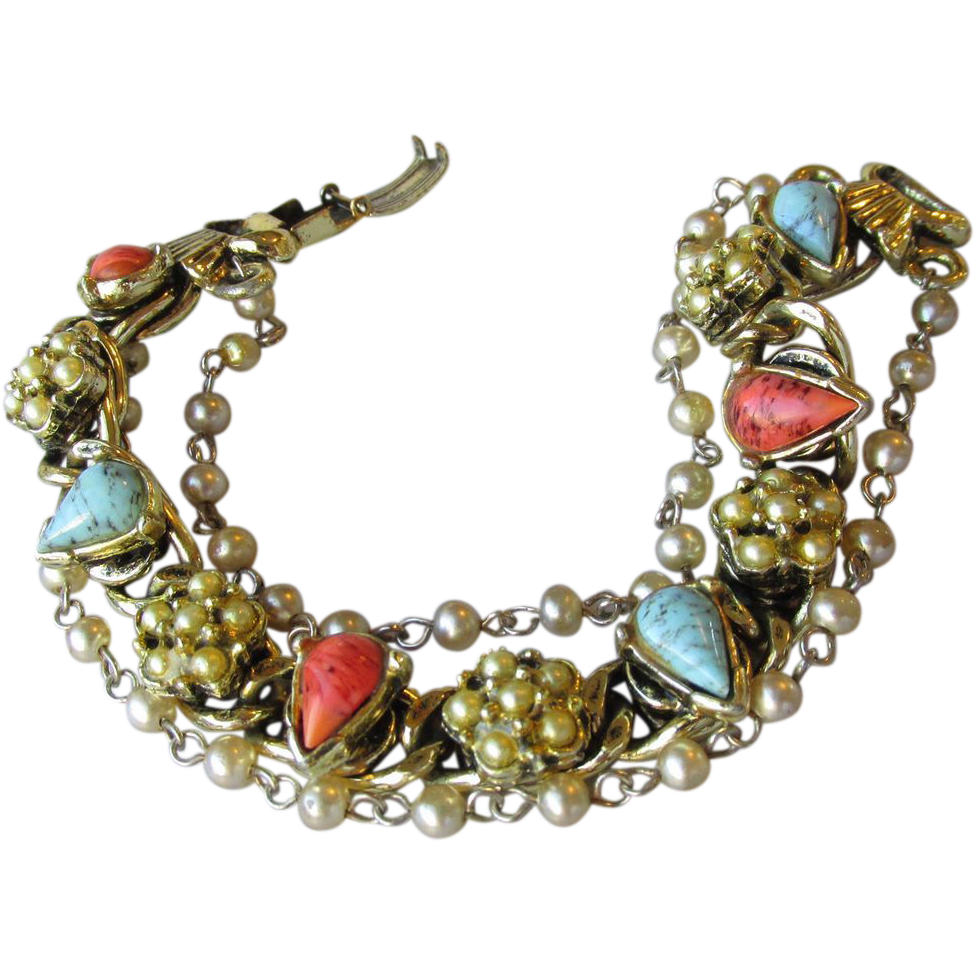 Unsigned Goldette Faux Coral, Turquoise & Pearl Charm Link Bracelet