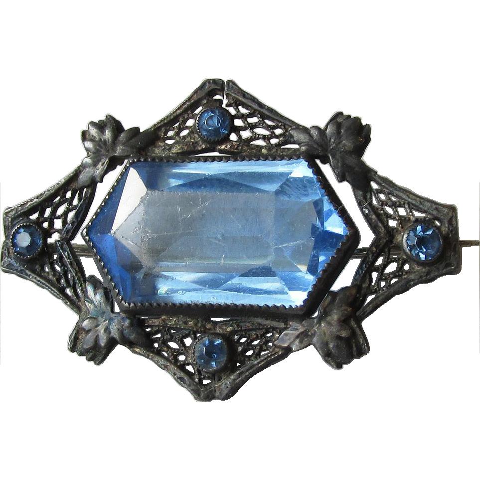 1920's Vintage Art Deco Black Silver Filigree & Blue Paste Rhinestone Glass Pin