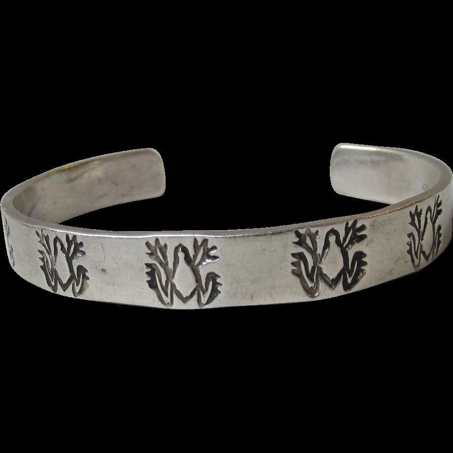 Vintage Native American Sterling Silver HOPI Frog Motif Cuff Bracelet