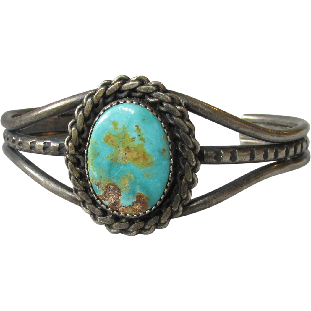 vintage navajo turquoise sterling silver cuff bracelet. Black Bedroom Furniture Sets. Home Design Ideas