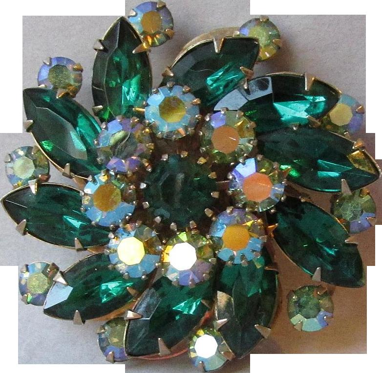 Sparkling Vintage Beau Jewels Emerald Green Aurora Borealis Rhinestone Pin