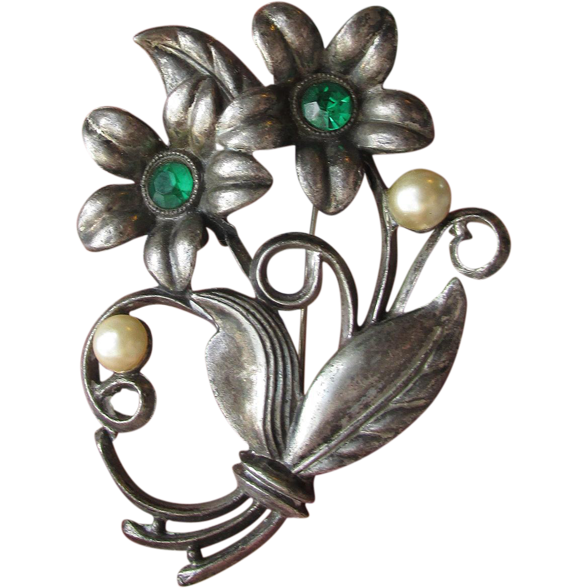DRASTIC REDUCTION 1940's Vintage Little Nemo Green Rhinestone & Faux Pearl Flower Bouquet Pin