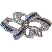 Elegant High-Quality 1950's Retro Sapphire & Crystal Diamante Rhinestone Rhodium Bow Pin