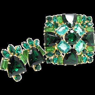 Vintage Emerald Green Turquoise Rhinestone Pin & Earrings Demi Parure