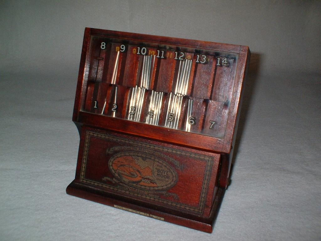 1919 Boye Crochet Needle Advertising Hardwood Display Case - Dovetail Construction - Vintage General Store / Dry Goods Store Advertising - 40+ Needles Included