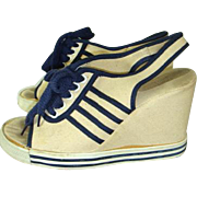 Vintage 1970s Navy & Cream Canvas Platform Wedge Sneaker Shoes  Sz 6