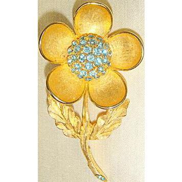 Vintage 60s Weiss Goldtone & Aquamarine Rhinestone Flower Pin Brooch