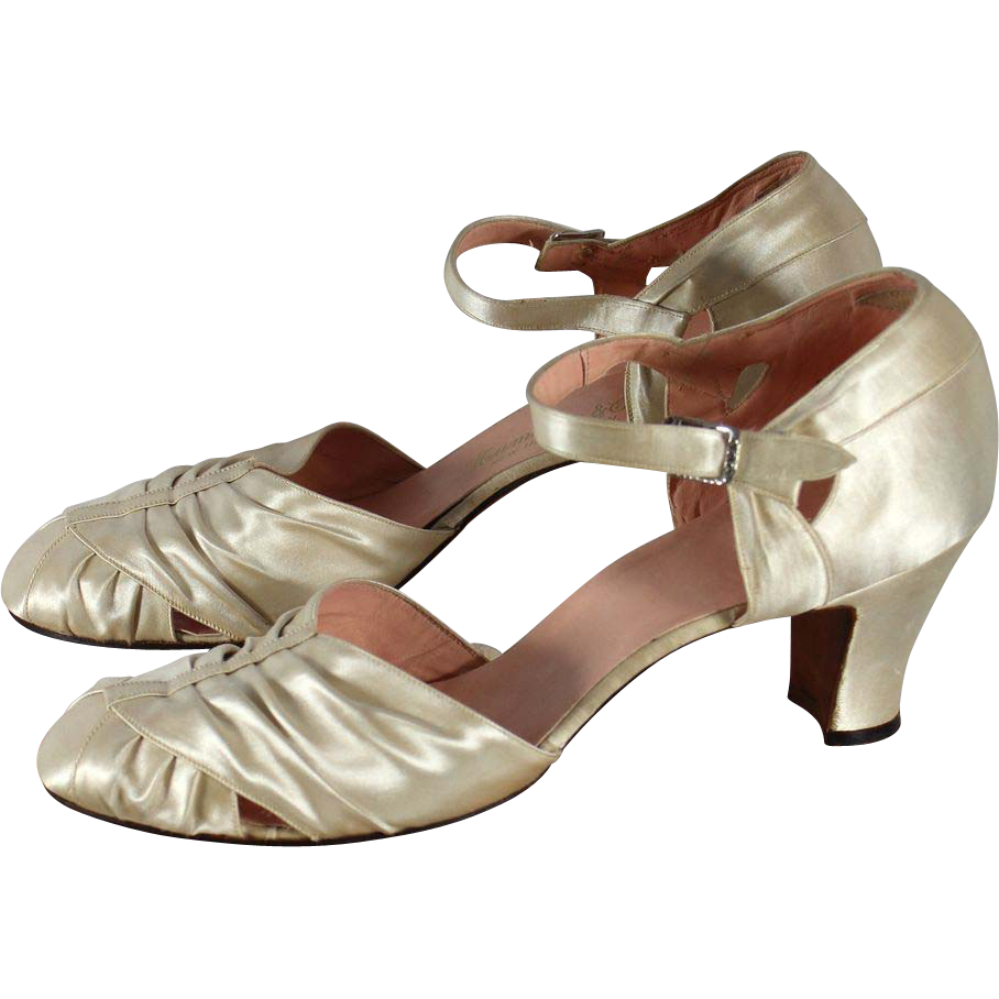 Vintage 1930s Ivory Satin Wedding or Evening Shoes 7.5N from cur ...