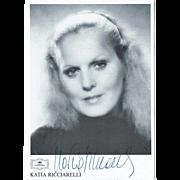 Katia Ricarelli Autograph on Deutsche Grammophon Trading Card CoA