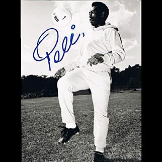 Soccer Legend Pele Autograph on Large Photo