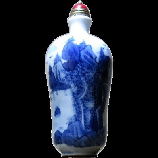 Old Chinese Porcelain Snuff Bottle Blue White Landscape