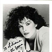 Lois Chiles: Autograph on b/w Photo. James Bond Actress