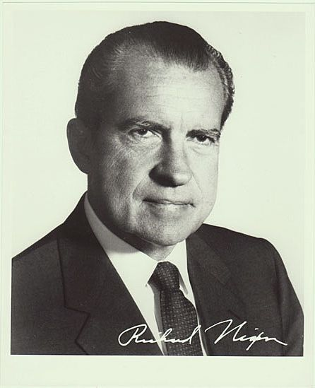 President Richard Nixon: 8 x 10 Photo from 1970s
