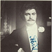 Baritone Bernd Weikl Autograph: Hand signed Photo