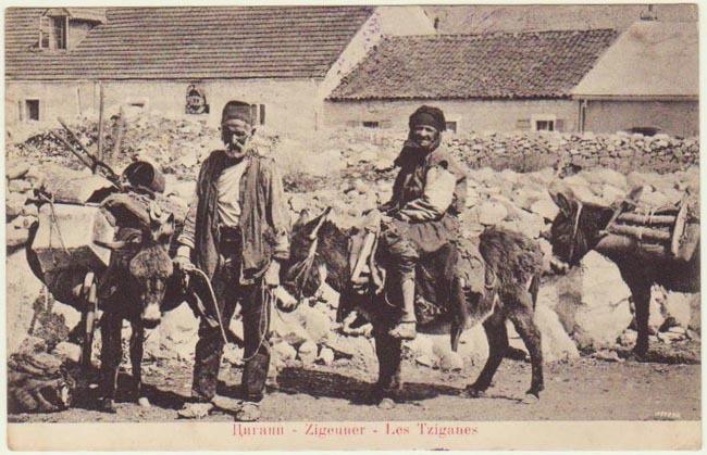 Gypsies. Vintage postcard from 1916.