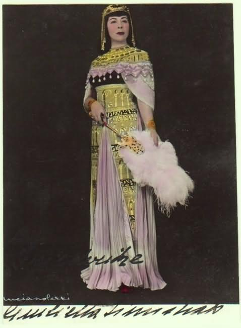 Giulietta Simionato Autograph on tinted Photo. CoA