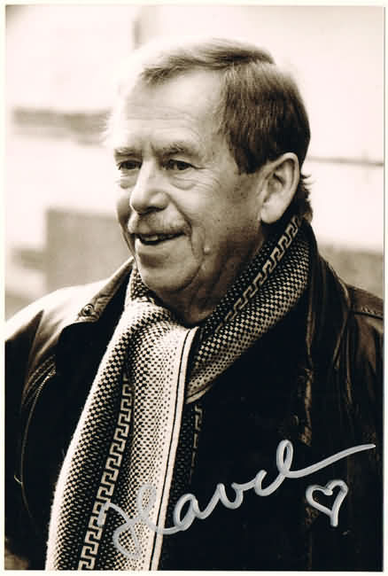 Vaclav Havel Autograph: Signed Photo of Political Leader of Velvet Revolution
