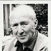 Anthony Quayle Autograph. Signed Photo. CoA