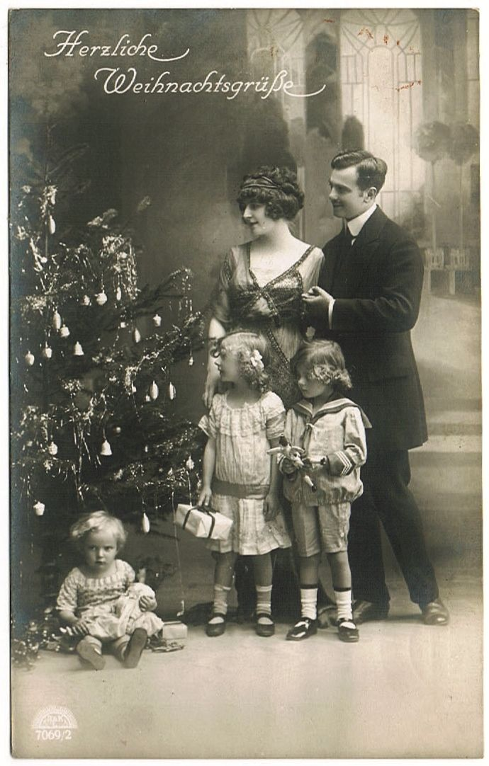 Vintage Xmas Postcard Family With Kids And Doll Collect