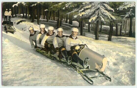 1910: 5 Men on a Bob. Postcard with great Image of a Bobsleigh.