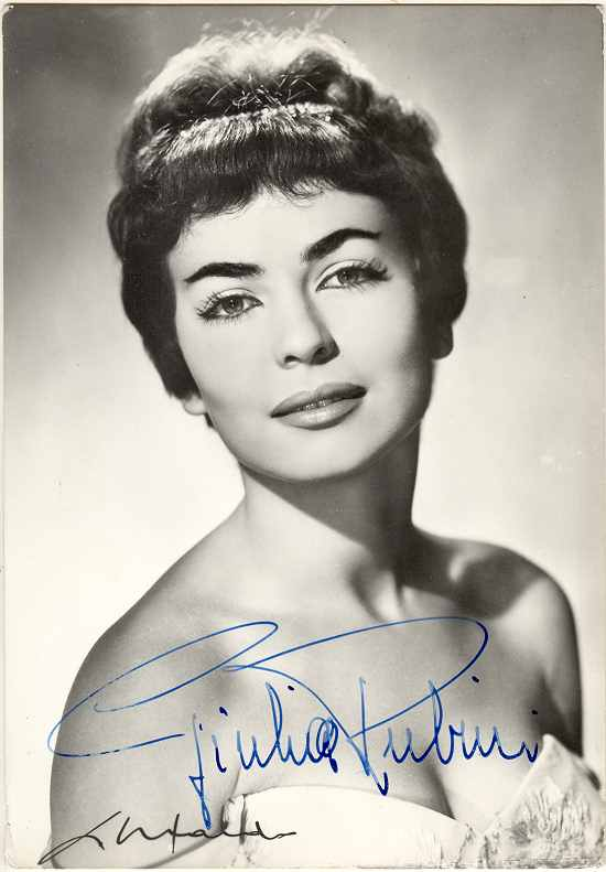 Giulia Rubini Autograph on b/ photo. CoA