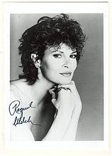 Raquel Welch Autograph: 5 x 7. CoA