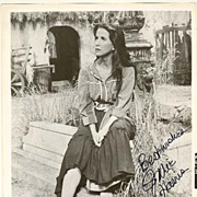Julie Harris Autograph: b/w 8 x 10 Photo with authentic signature and CoA