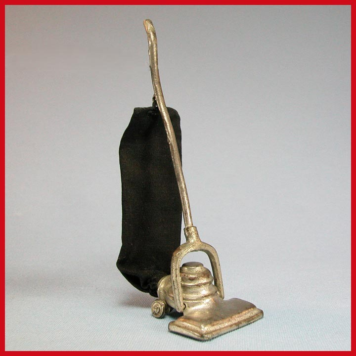 "German Dollhouse Vacuum Cleaner 1920s – 1930s 1"" Scale ..."