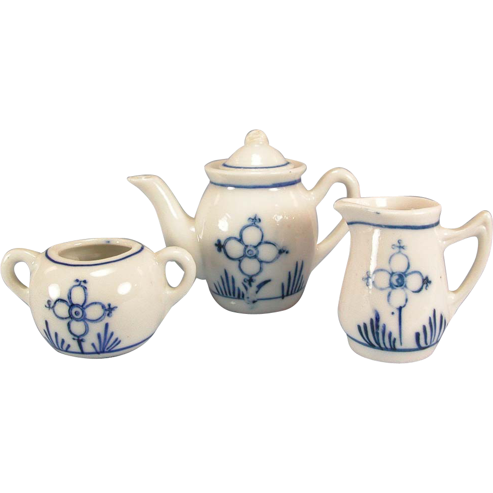 4 Pc. Antique German Blue Onion Tea Pot, Sugar & Creamer Early 1900s Doll Size