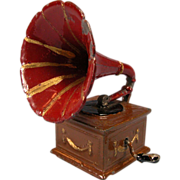 """German Dollhouse Cast Metal Gramophone with Morning Glory Horn 1920s - 1930s 1"""" Scale"""