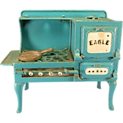 Cast Iron Miniature Toy Range by Hubley Late 1920s Doll or Toy Kitchen Size
