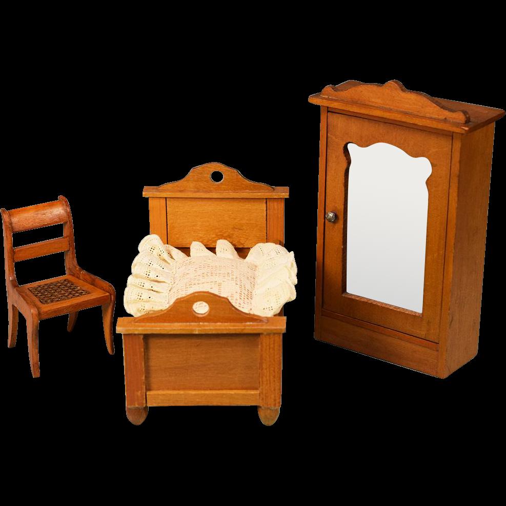 3 Pc Antique German Dollhouse Bedroom Set By Schneegas