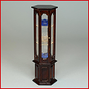 """Dollhouse Miniature Curio Cabinet by Fantastic Merchandise with Accessories 1980s 1"""" Scale"""