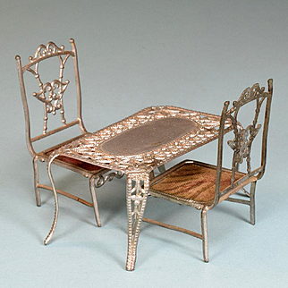 """Soft Metal Dollhouse Miniature Table and Chairs Early 1900s Small 1"""" Scale"""