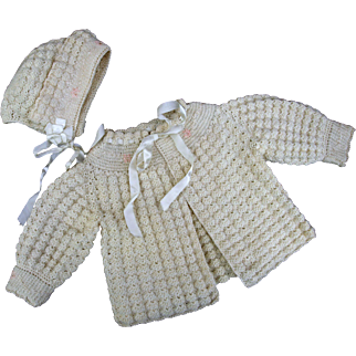 Vintage sweater bonnet baby doll infant pink and cream popcorn knit stitch embroidery satin ribbon rosettes