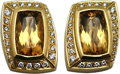 18Karat Yellow Gold Orange Topaz and Diamond Earrings, 67667