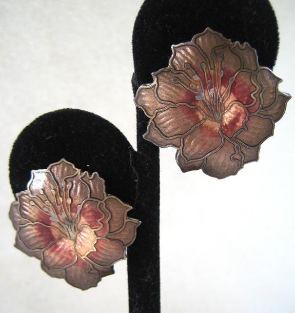 Unsigned Silvertone Enamel Floral Earrings